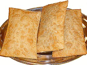 pastel frito de queijo minas